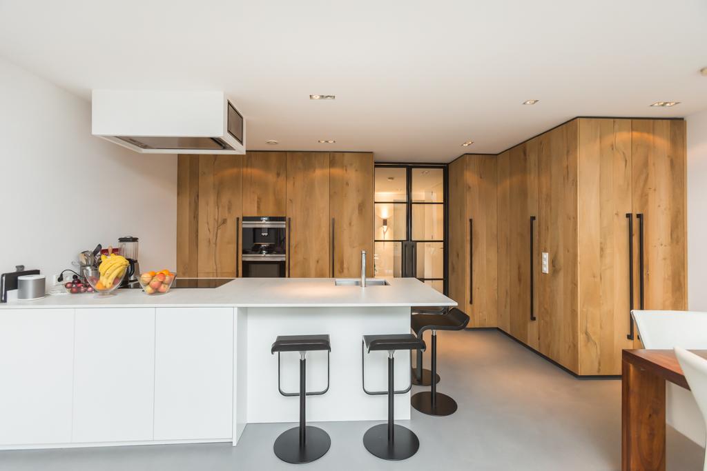 Noeste Keuken Met Knoeste Wand Oskamp Interieurs